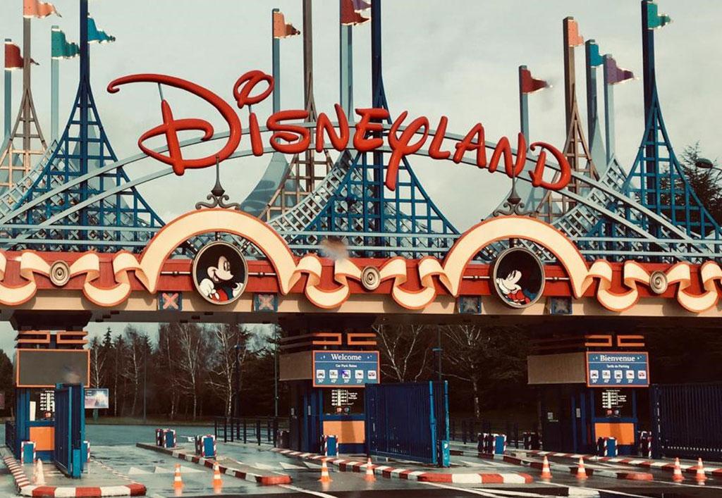 Disneyland4-1024x707px.jpg
