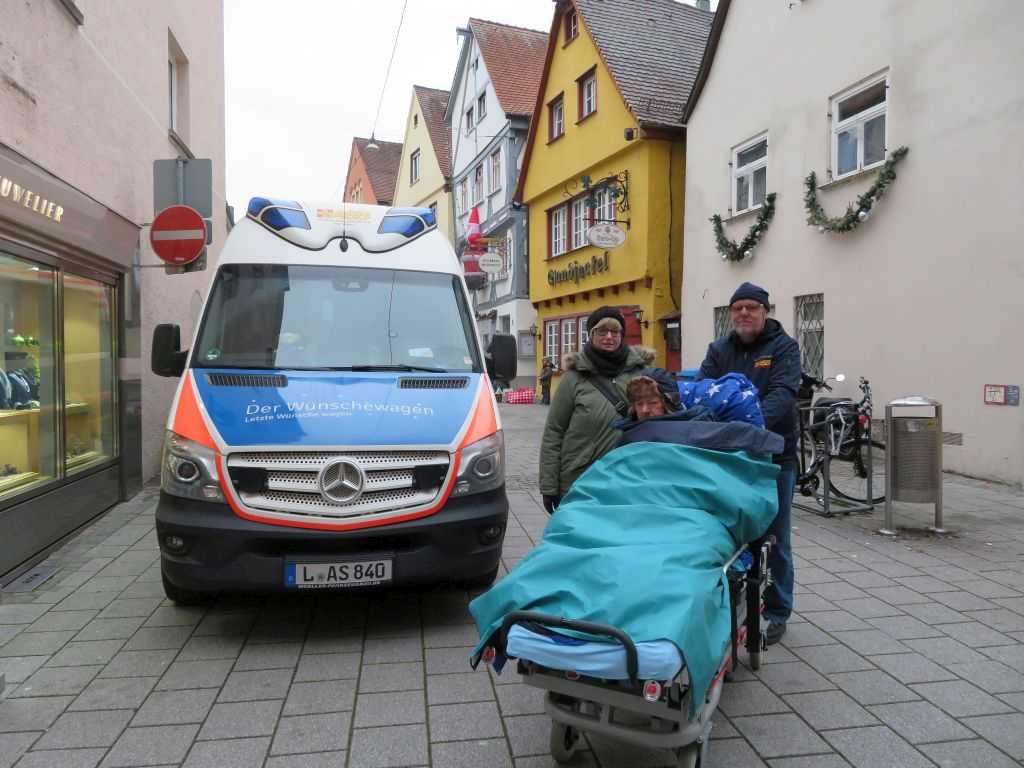 Wünschewagen-Sachsen-Fahrt-nach-Ulm-Letzte-Wünsche-wagen-3.jpg