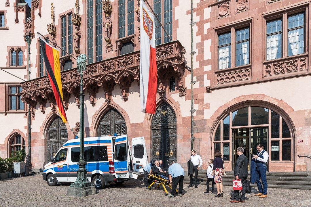 Wünschewagen-Mannheim-Hochzeit-Letzte-Wünsche-wagen-3.jpg